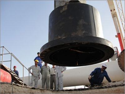انجام عملیات هات تپ در پایانه های نفتی خارک
